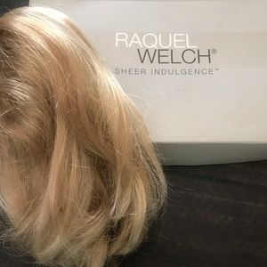 Raquel Welch Blonde Short Ponytail Clip